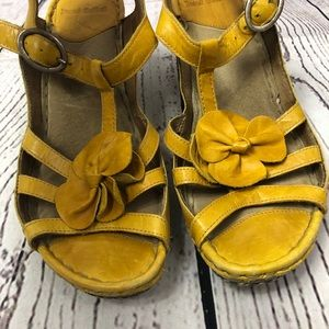 Josef Seibel Leather Yellow Flower Platform Sandal